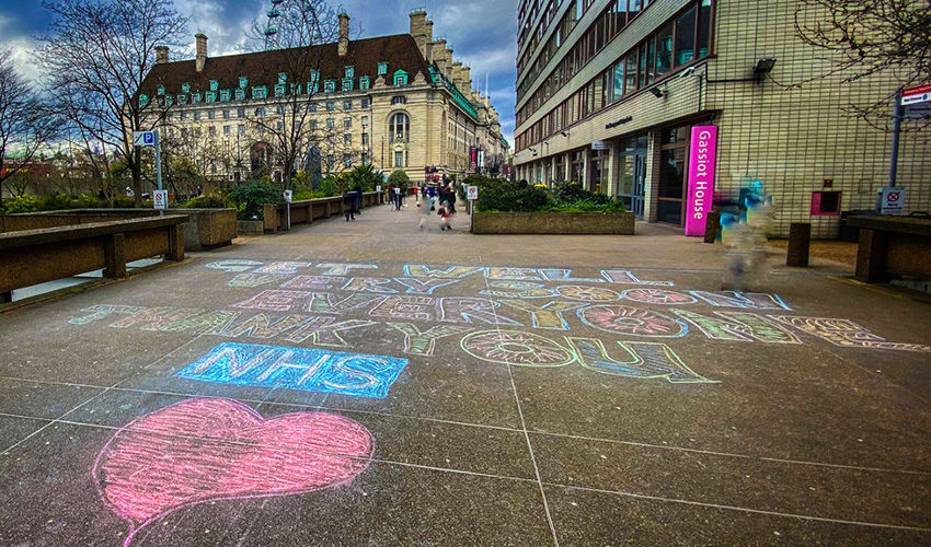 Pavement art to say thank you to the NHS
